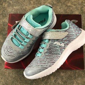 NWT 2.5 Overfuel Fila Sneakers